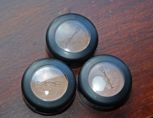 Mac single shadows. These three are my go to for everyday wear. left : Ricepaper, right: naked lunch, above: tempting
