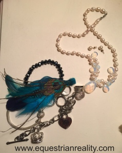 I love mixing things up and I refuse to believe that looking good has to be expensive. My feather fascinator is an old one from Penneys and my pearl & opal necklace was just €3 from a Chinese seller on Ebay!